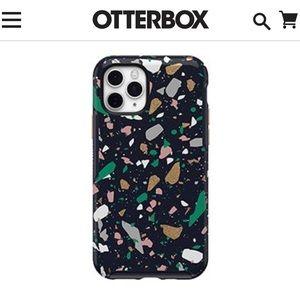 iPhone 11 Pro Otterbox case